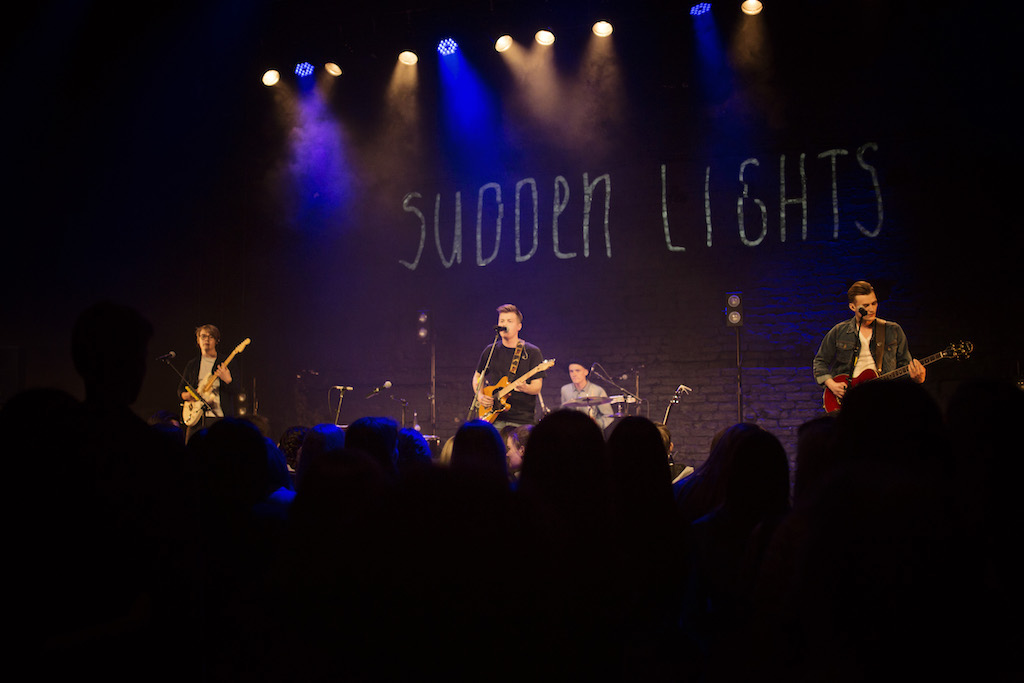 """Sudden Lights"" solo koncerts"